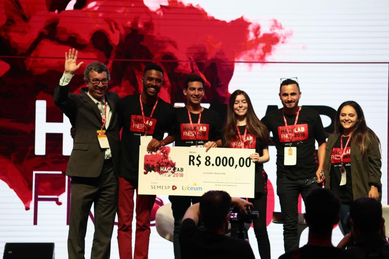 Equipe vencedora do HackLab